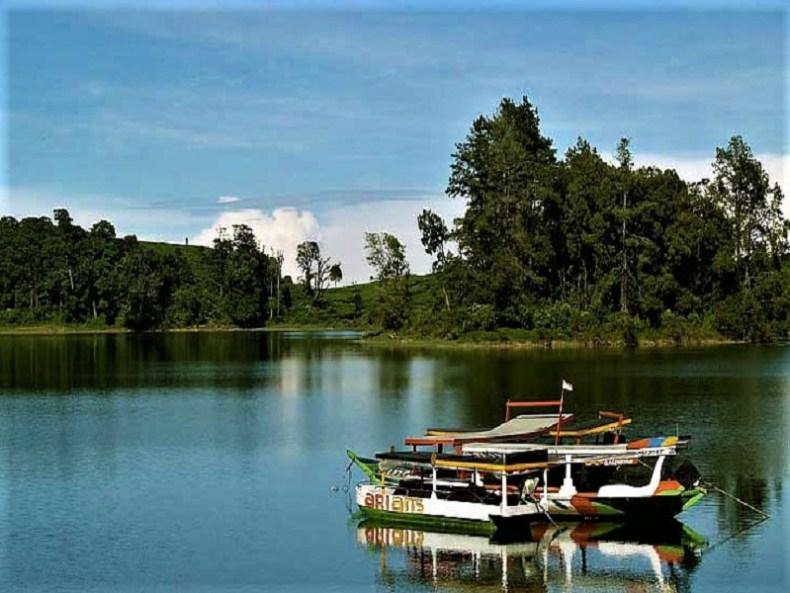 Danau Situ Patenggang Yang Unik