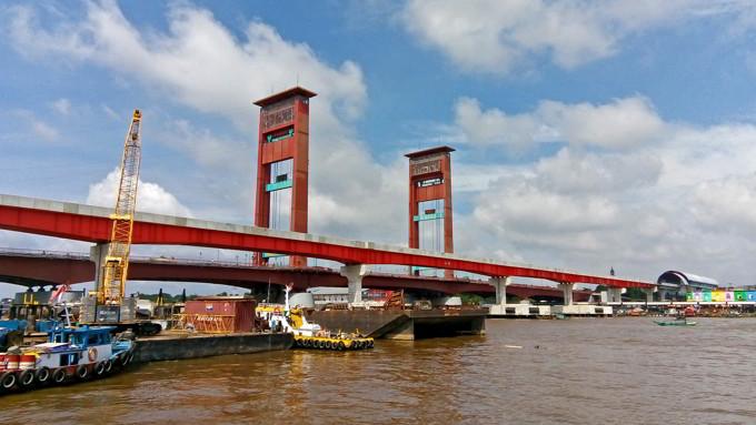 Jembatan Ampera Pelambang Yang Menarik Untuk Diulas