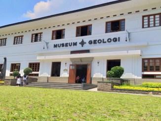 Tempat Menarik Museum Geologi Bandung