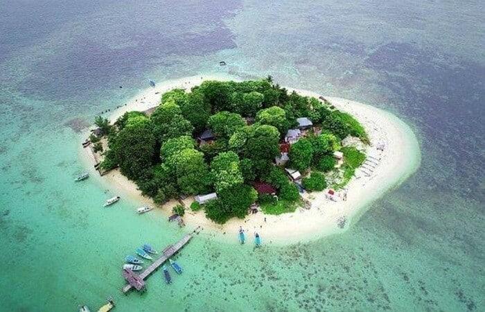 Keindahan Pulau Samalona