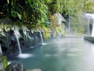 Objek Wisata Tegal - Pemandian Air Panas Guci