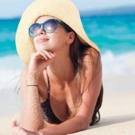 na het strand of terug van vakantie