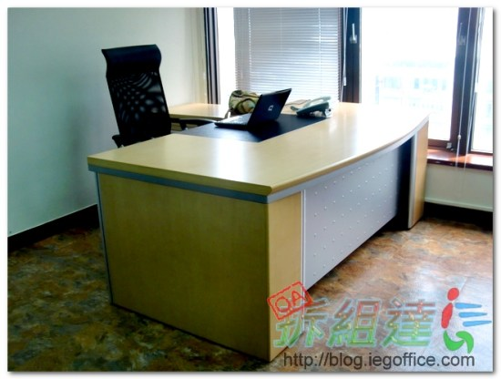 OA辦公家具,木製主管桌