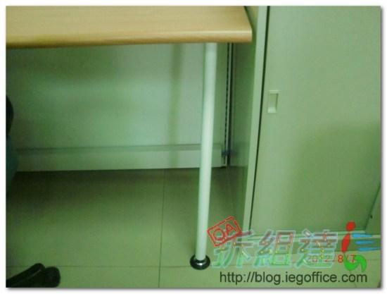 OA辦公家具,辦公屏風,桌腳