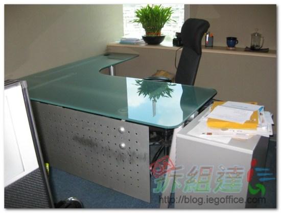 辦公家具-玻璃主管桌