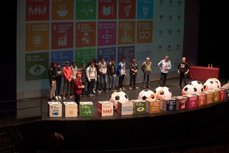 """Recogida del premio """"Tengo un objetivo: los ODS en mi centro"""""""