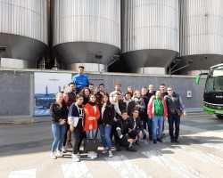 Comercio Internacional visita la empresa Estrella de Levante