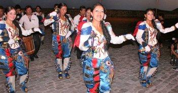Международный фольклор расцветит улицы El Medano артистами из России, Аргентины, Севильи и Лансароте