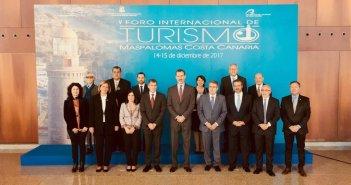 Felipe VI предупредил на Канарских островах, что успех туризма не может создать всю занятость