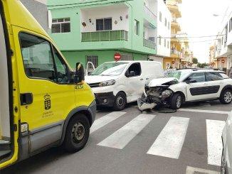 Две женщины получили ранения в результате дорожно-транспортного происшествия на юге Тенерифе