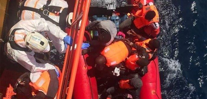 """Спасательное судно """"Aquarius"""" просится в европейские порты с новым """"уловом"""" мигрантов"""