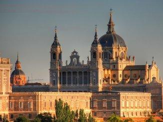 Страстная неделя 2019: календарь праздников для Испании