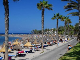 Обворовывали купальщиков на пляже El Camison. Пойманы