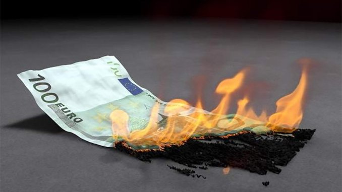 Коронавирус грозит досрочно положить конец наличным деньгам