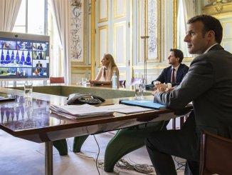 Франция призывает Apple и Google ограничить конфиденциальность пользователей