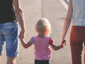 Предложение Канар: пожилые гуляют утром, дети - после обеда