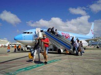 TUI хочет возить туристов на Канары, несмотря на правительство Германии