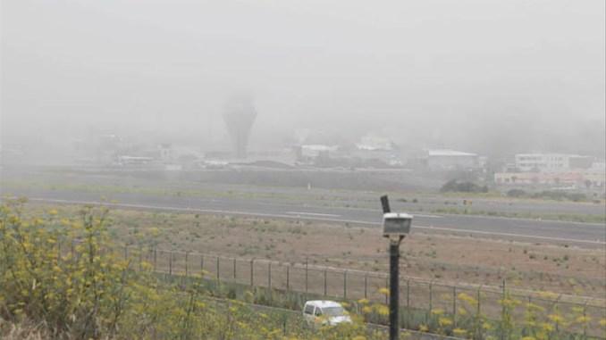Тенерифе: туман вынудил отменить рейсы из северного аэропорта и перенаправить прибывающие на юг