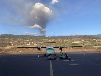 Пепел вулкана может повлиять в среду на воздушное движение между островами архипелага