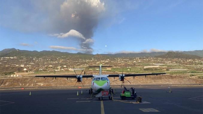 Внимание путешествующим: завтра пепел может помешать полётам на Тенерифе
