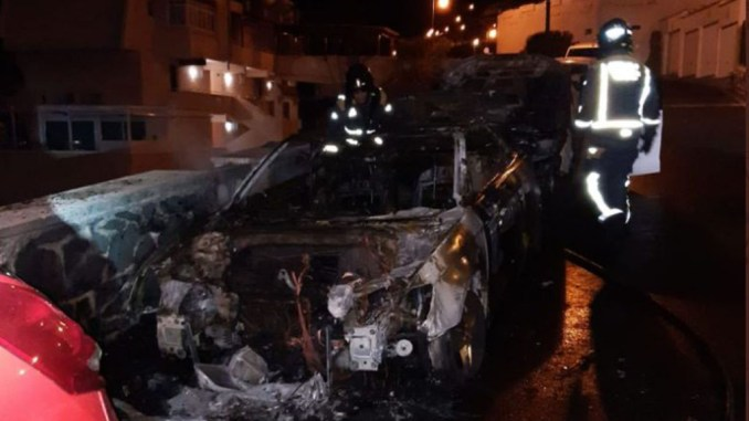 Эпидемия горящих автомобилей на Тенерифе? На этот раз - в El Rosario