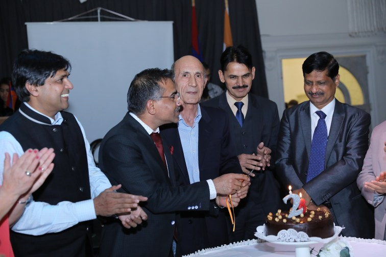Indian Ambassador to Armenia HE KD Dewal participated in India Day with IETO