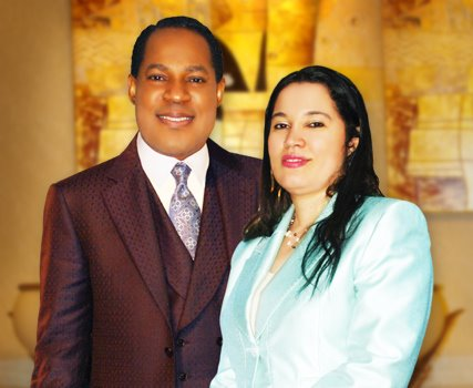 I am divorcing Pastor Oyakhilome Due To His Irrational Behavior And Adultery -Anita Oyakhilome