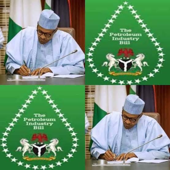 BREAKING: Buhari Signs Petroleum Industry Bill Into Law
