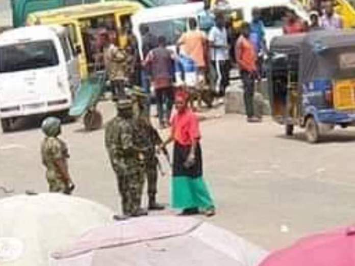 Chinwetalu Agu Manhandled By Soldiers For Wearing Biafra outfit