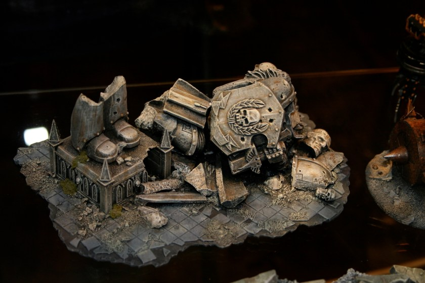 Fallen Space Marine Statue on display cabinets at GamesDay 2007