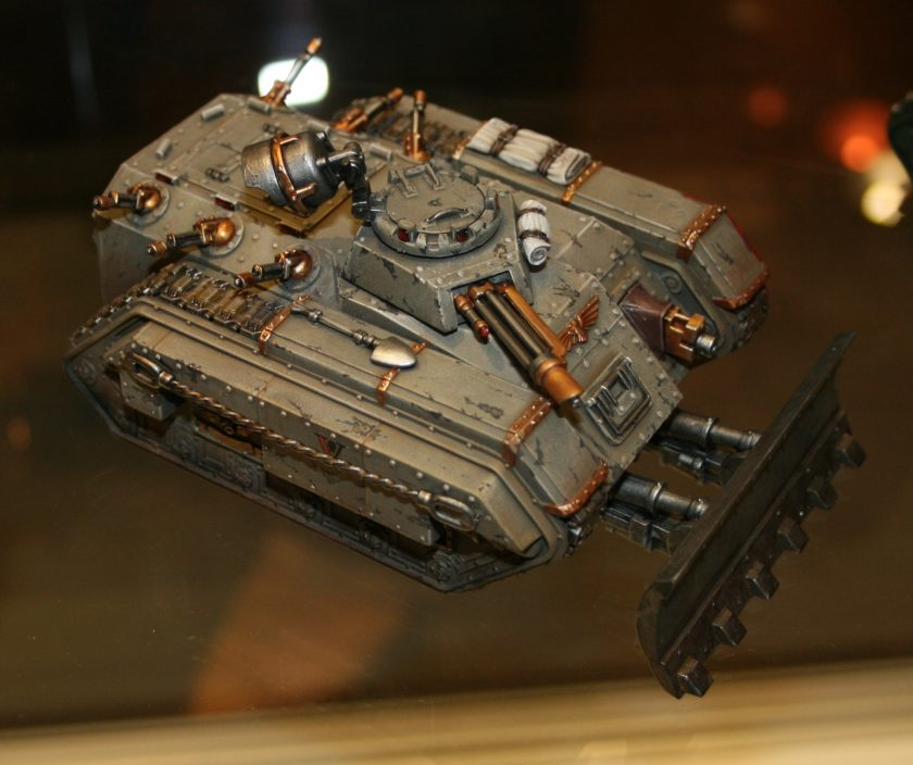 Really nicely painted Imperial Chimera from the display cabinets at GamesDay 2009.