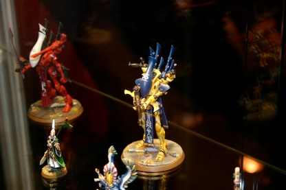This is an Eldar Wraithlord from the 'Eavy Metal Display cabinets.