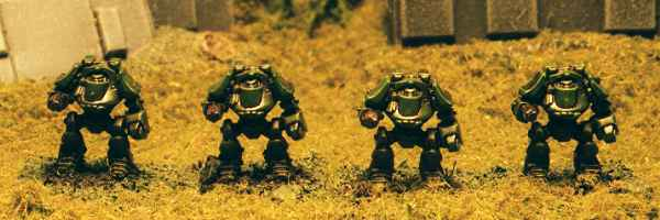 Imperial Dreadnoughts (from the plastic Stompers Box) though I use them as Robots.