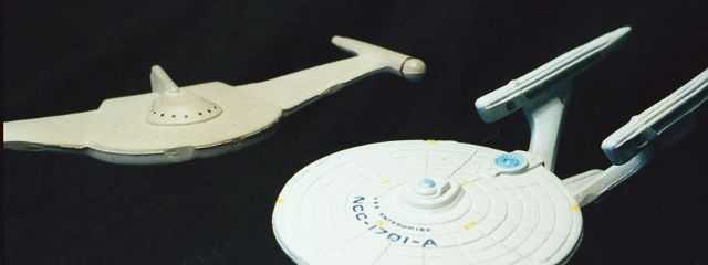 Romulan Bird of Prey & USS Enterprise