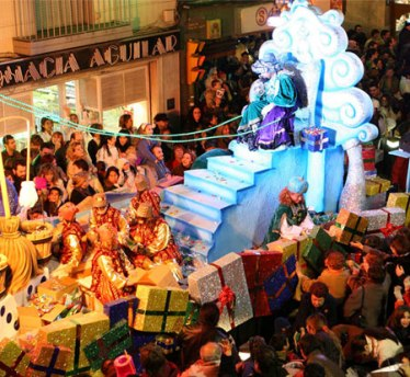 cabalgata-reyes-magos-Three-Kings-Parade-Barcelona