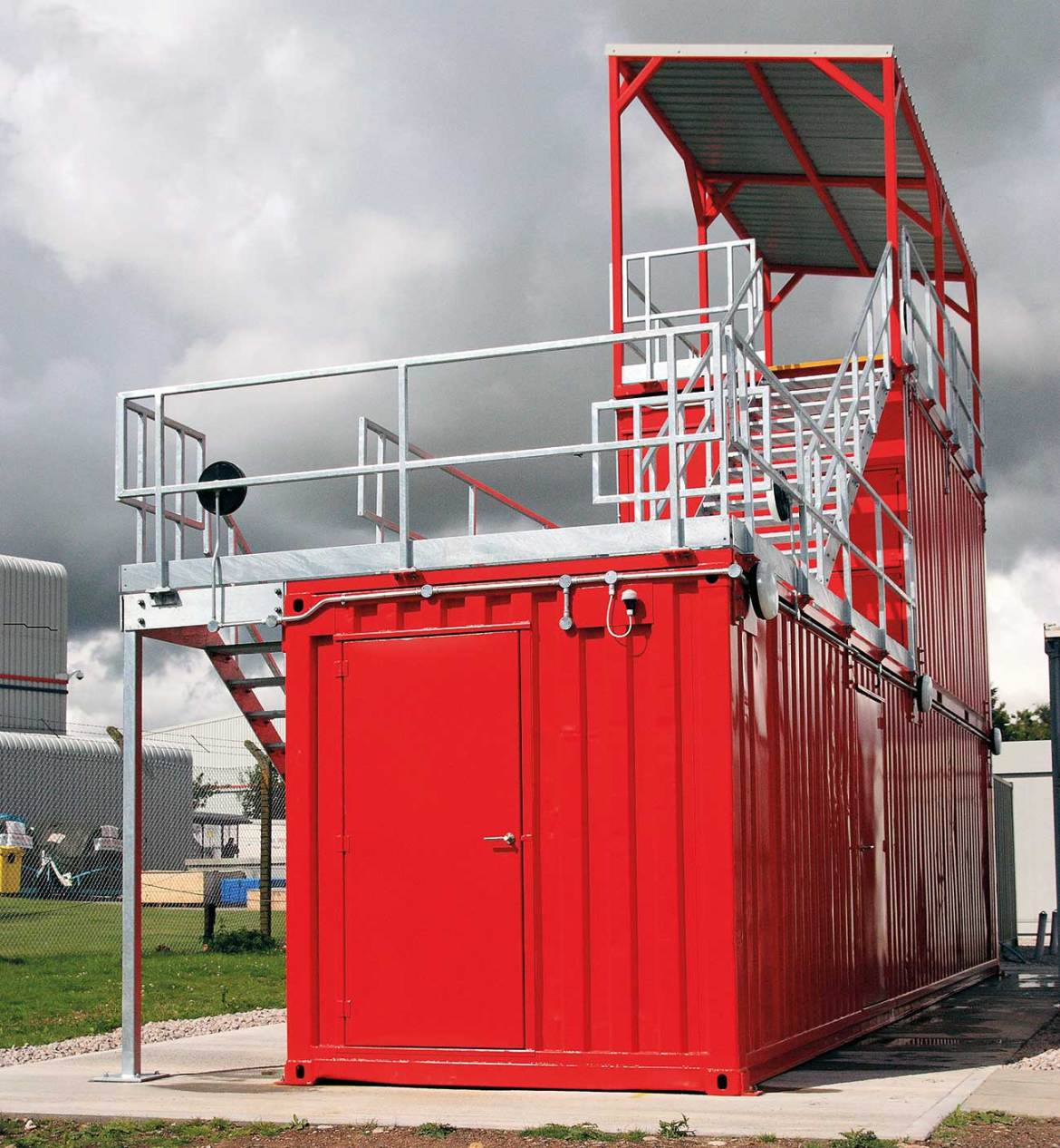 Confined Space training simulator with varying type and size of entry points, providing both vertical and horizontal travel.