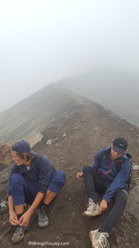 Tongariro Alpine Crossing hike