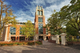 McClay Library, Queen's University Belfast