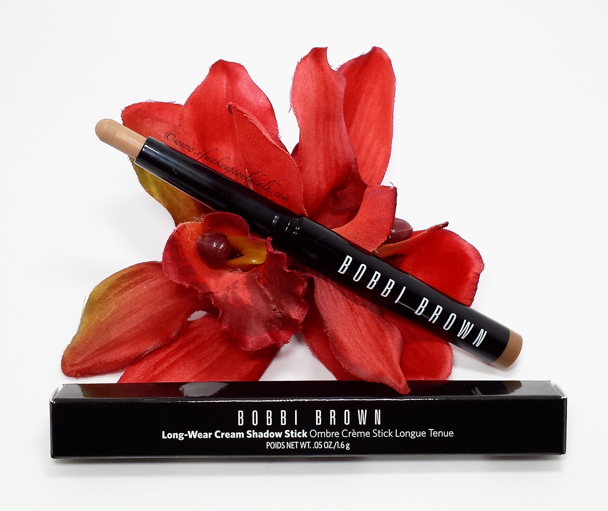 Bobbi Brown Taupe Long-Wear Cream Shadow Stick review and photos.