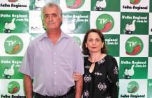 O engenheiro floridense Luiz Augusto Favarim recebe também comemora idade nova ao lado da esposa Edileuza e filha Ana Paula. Felicidades!