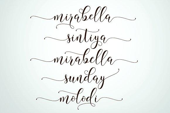 Billgrotia Script Font