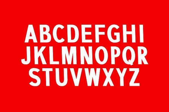 Mammoth Sans Serif Font