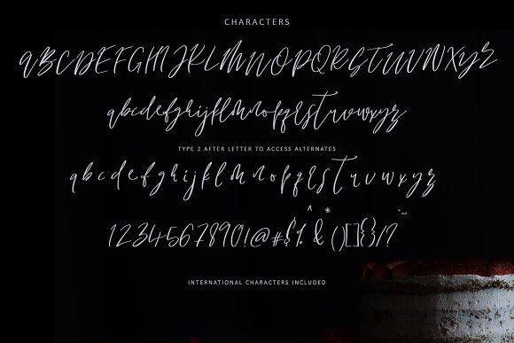 Just Maria Script Font