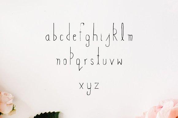 Abeetha Hand Drawn Font