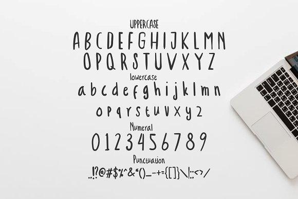 Troficanos Handwriting Display Font