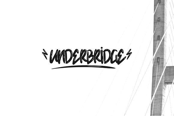 Underbridge Dirty Font