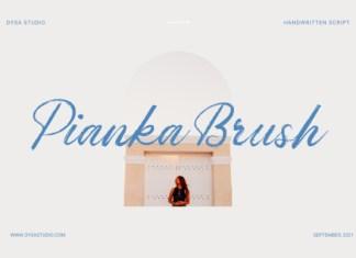 Pianka Brush Font