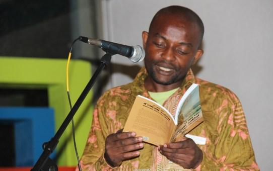 Junior Nzita erhält Bremer Friedenspreis
