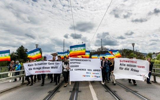 15. Ostermarsch Bern mit 1000 Menschen