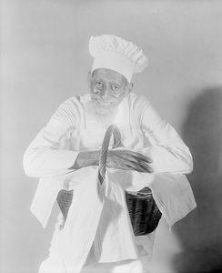 Leigh Whipper (Crab Vendor, or Crab Man). (1927)